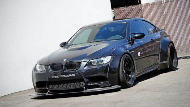 Тюнинг BMW M3 Coupe от LB Performance и EAS