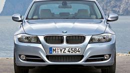 Седан среднего класса от компании БМВ. Выпускался с 2005 по 2011 год был сменен следующим поколением в кузове F30