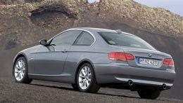 Купе 3-й серии БМВ в кузове с индексом Е92 выпускался с 2006 года по 2012. Был заменен 4-й серией BMW в кузове F32