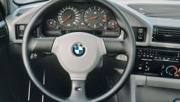 autopedia_BMW_5_Series_E34_M5_E34_324418.jpg