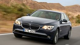 autopedia_BMW_7_Series_F01_F01_861273.jpg