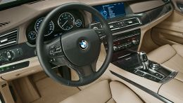 autopedia_BMW_7_Series_F01_F01_288015.jpg