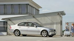 autopedia_BMW_3_Series_E46_3er_E46_241281.jpg