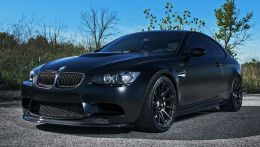 Тюнинг BMW M3 Frozen Black Edition от iND