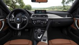 2017-BMW-4-Series-interior-02.jpg