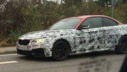 Новая BMW M2 была поймана шпионами во время тестов.
