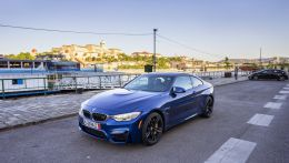 Фотографии BMW M4 F82 Lemans Blue Individual