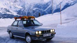 История появления полного привода от BMW начиная самой простой версией в 325iX e30 заканчивая X-Drive нашего времени.
